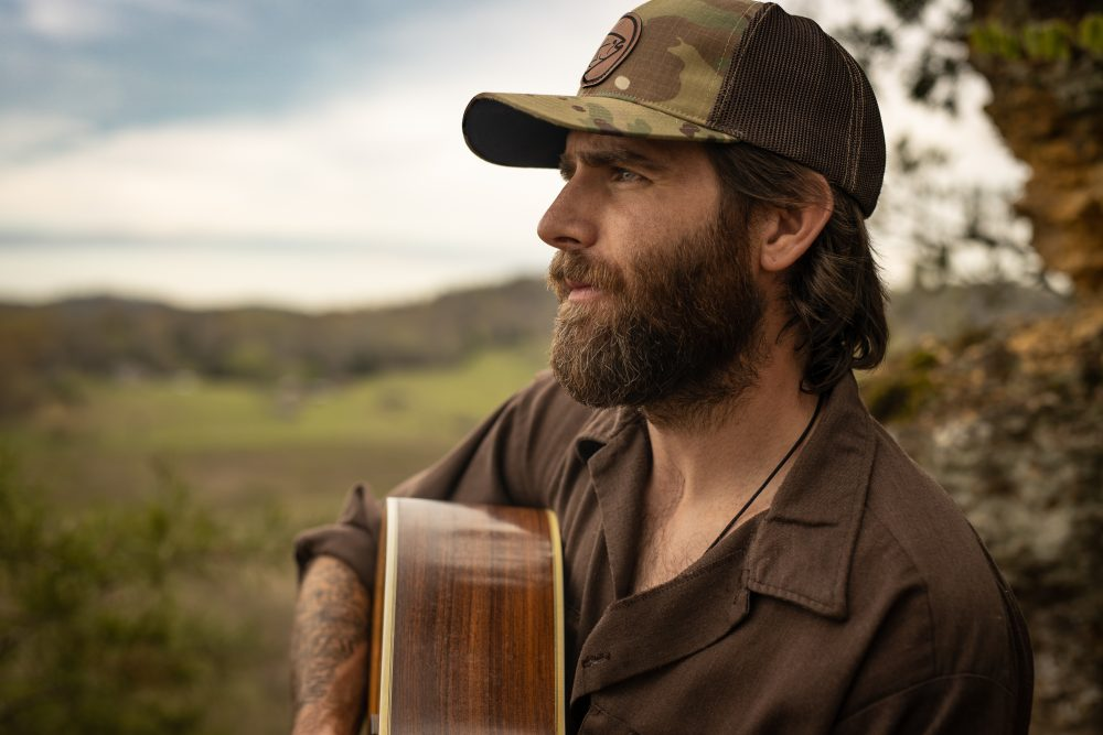Canaan Smith Turns Tears Into Beers in 'Colder Than You' Video