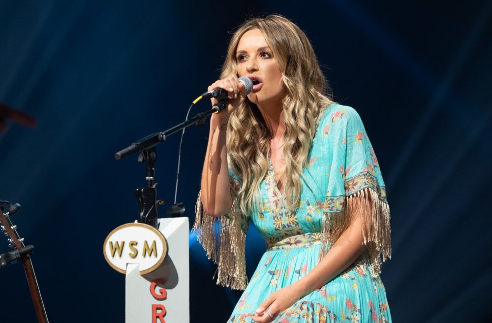 Carly Pearce Debuts 'Show Me Around' Tribute to Late Friend and Producer, busbee