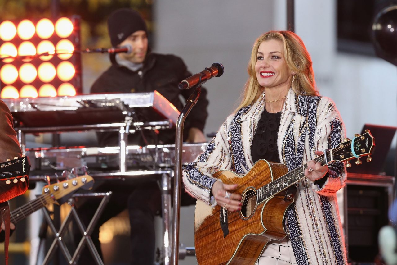 Faith Hill Calls on Mississippi to Change State Flag