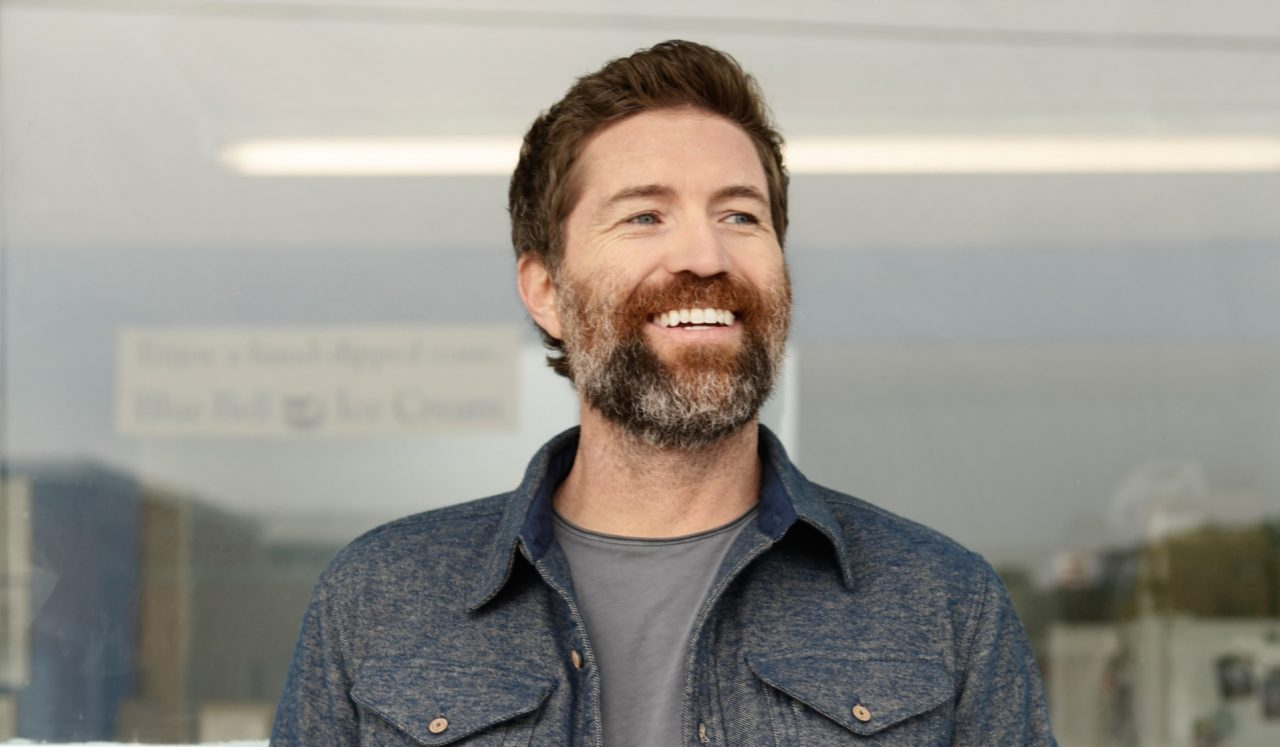 Josh Turner Is In A 'Country State of Mind' on His New Album