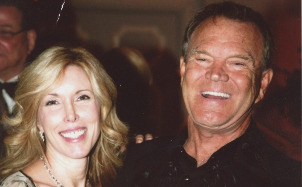 Glen Campbell's Wife Kim Chronicles Their Life Together in New Book, 'Gentle On My Mind'
