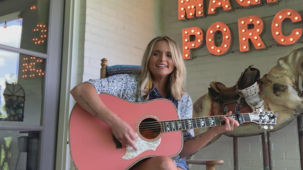 Miranda Lambert Performs 'Bluebird' On 'CMT Celebrates Our Heroes'