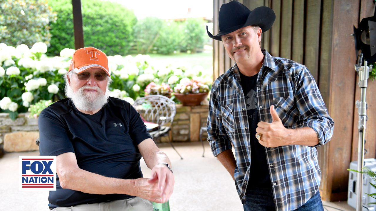 See Charlie Daniels' Final Interview on FOX Nation's 'The Pursuit!'