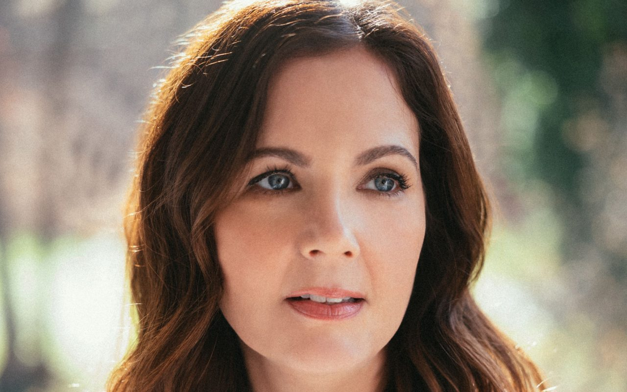 Lori McKenna Puts Her Voice Front and Center On 'The Balladeer'