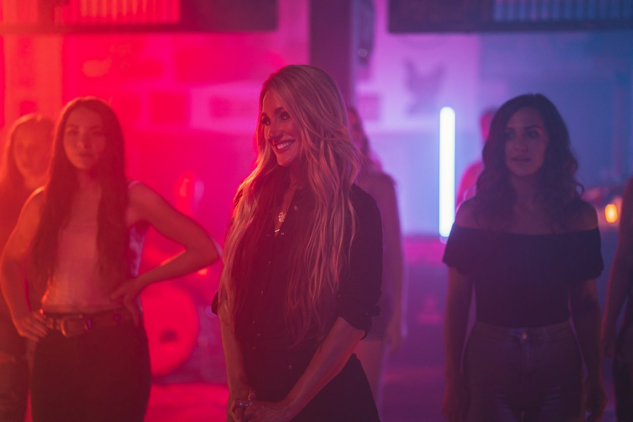 Whitney Duncan Takes Fans Behind-The-Scenes For 'All She Wants' Video