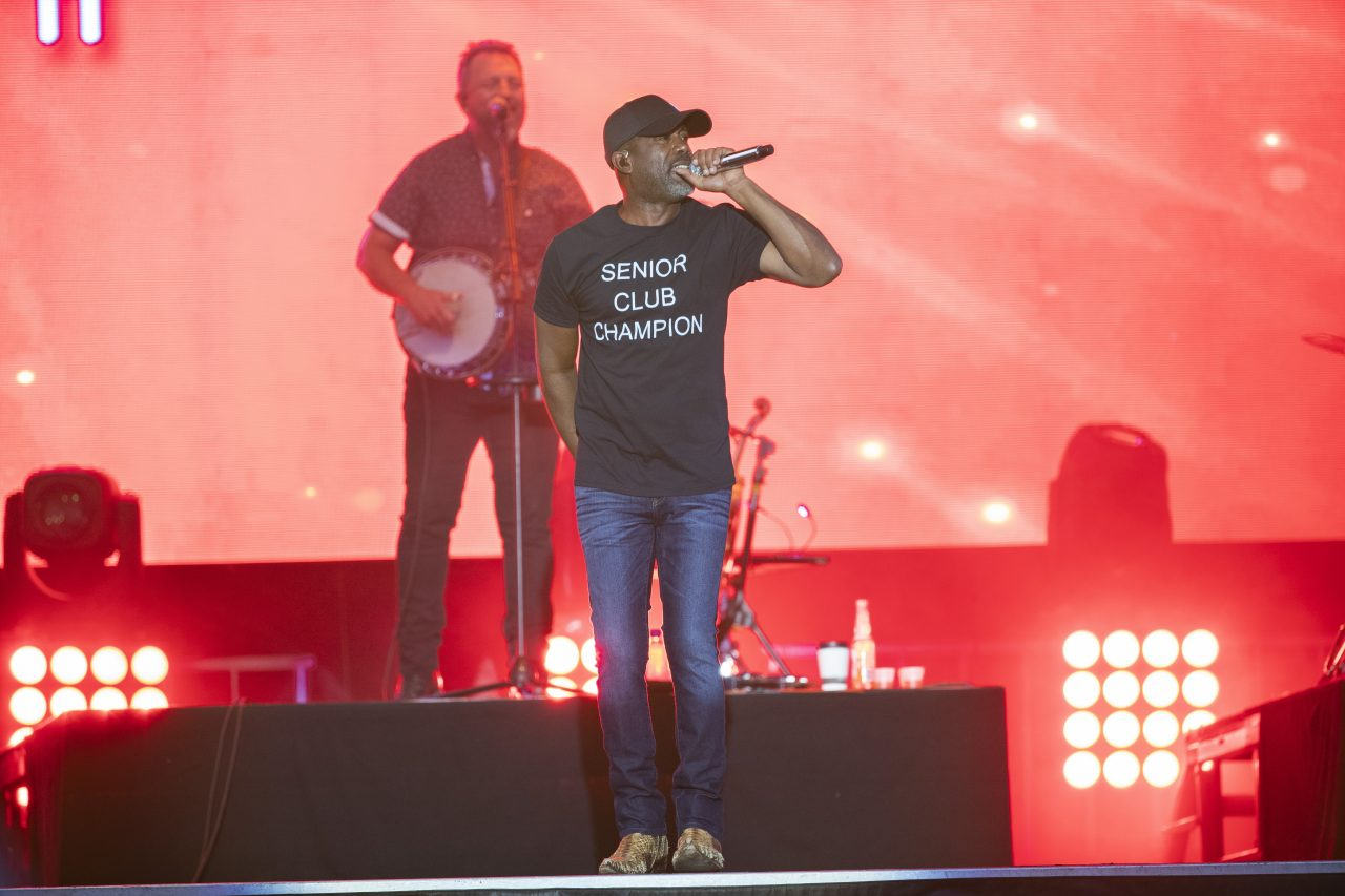 Darius Rucker's New Single 'Beers And Sunshine' Provides Positivity During An Uncertain Year