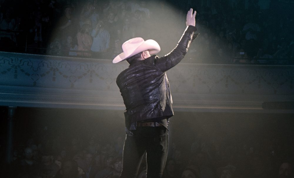Justin Moore to Release 'Live at The Ryman' Album
