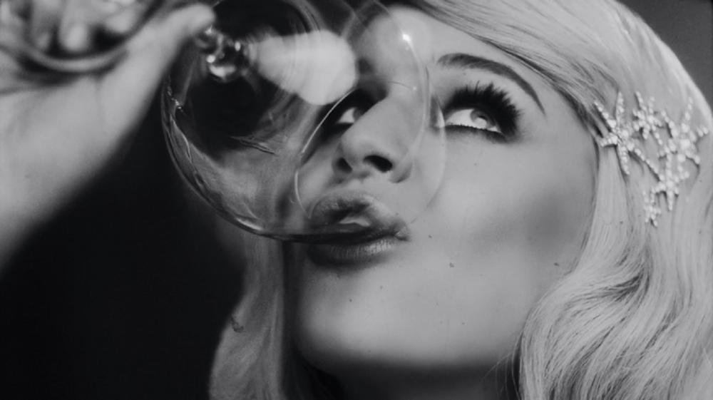 Kelsea Ballerini Presents a 'Drunken Daydream' in 'Hole In the Bottle' Video