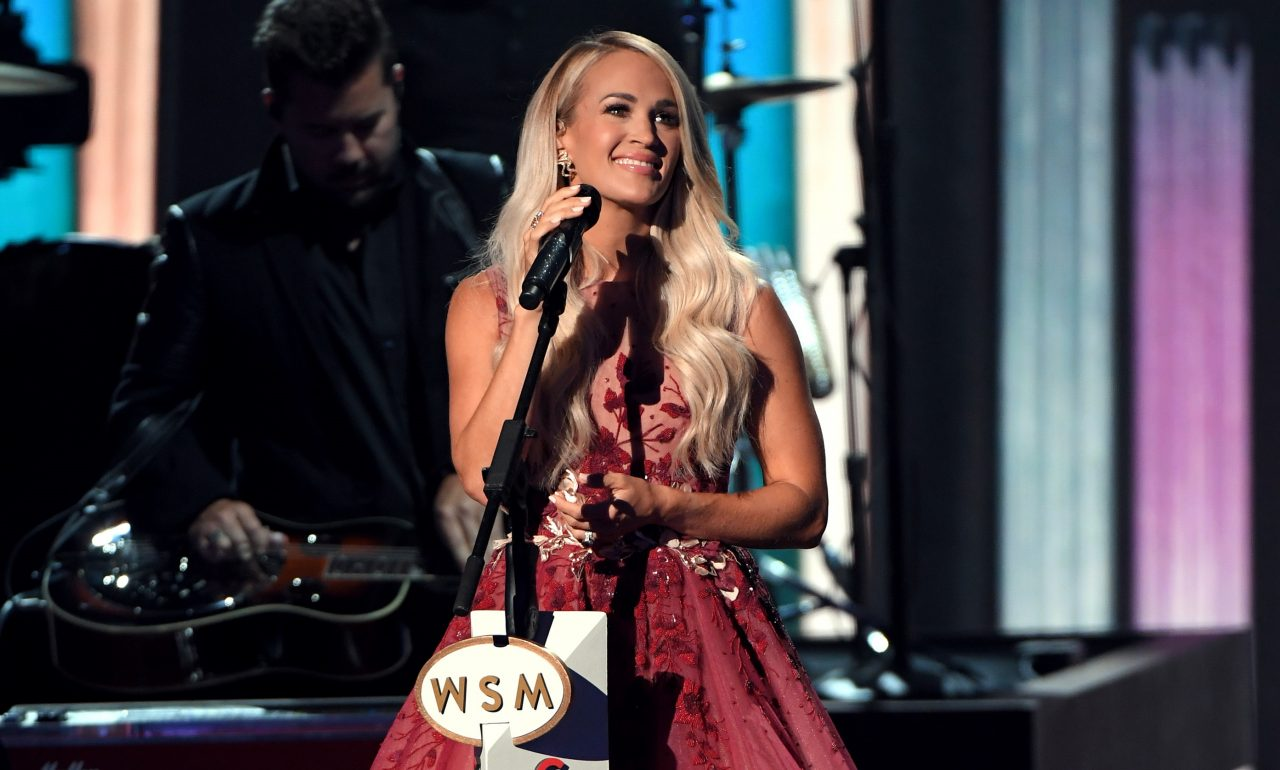 Carrie Underwood Honors Trailblazing Women of Country