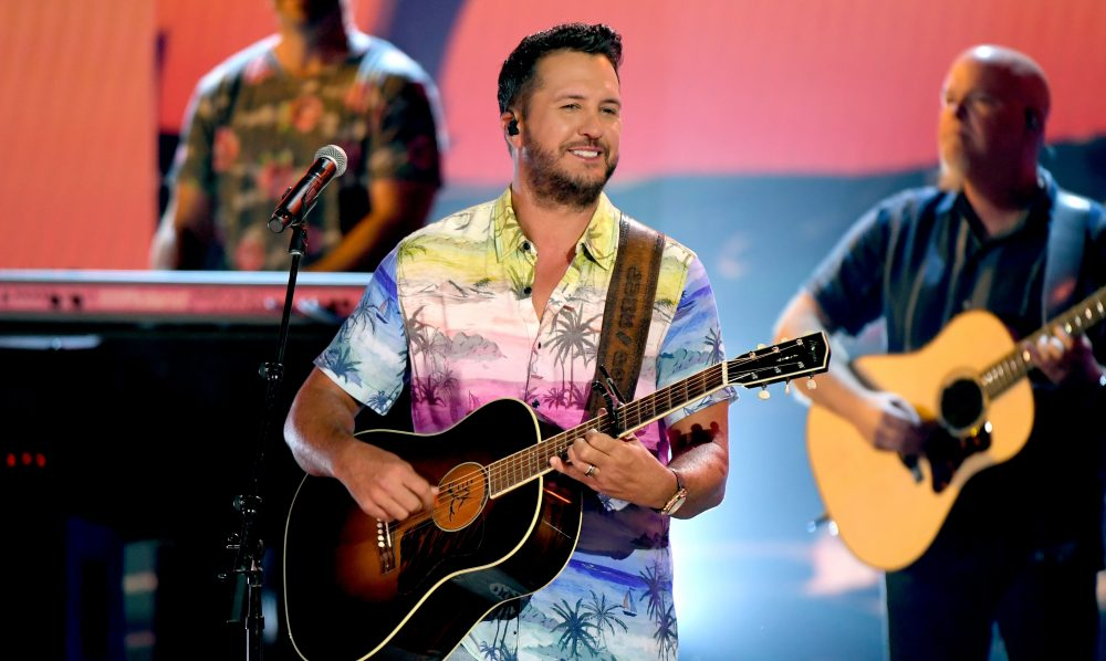 Luke Bryan Performs The Lively 'One Margarita' At the ACM Awards