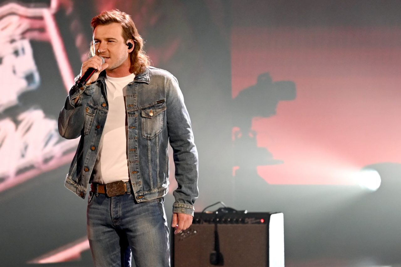 Morgan Wallen Performs 'Whiskey Glasses' At ACM Awards