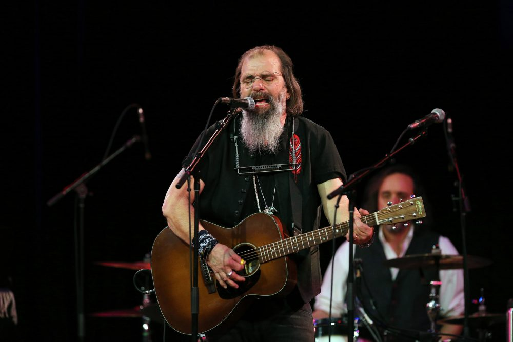 Steve Earle Will Honor Justin Townes Earle On New Project