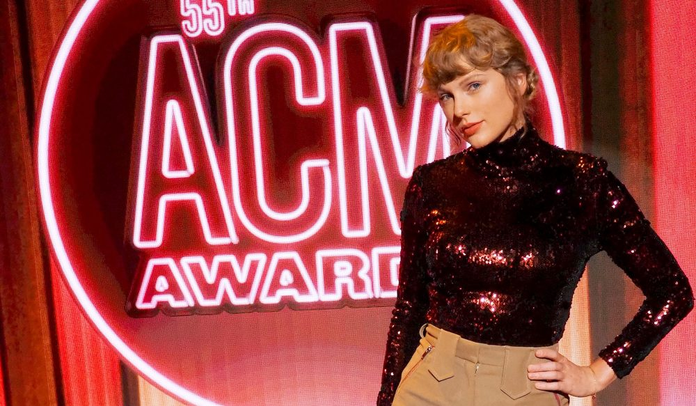 Taylor Swift Stuns With Peaceful Performance of 'betty' on ACM Awards