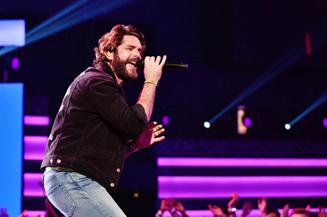 Thomas Rhett Snags 16th Number One With Uplifting 'Be a Light'