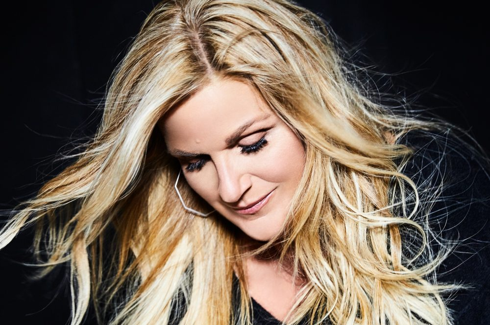 Trisha Yearwood Shares Family History in 'I'll Carry You Home' Video