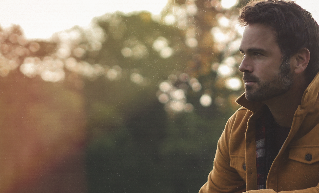 Chuck Wicks Returns With Crooning Throwback Ballad, 'Solid Gold'