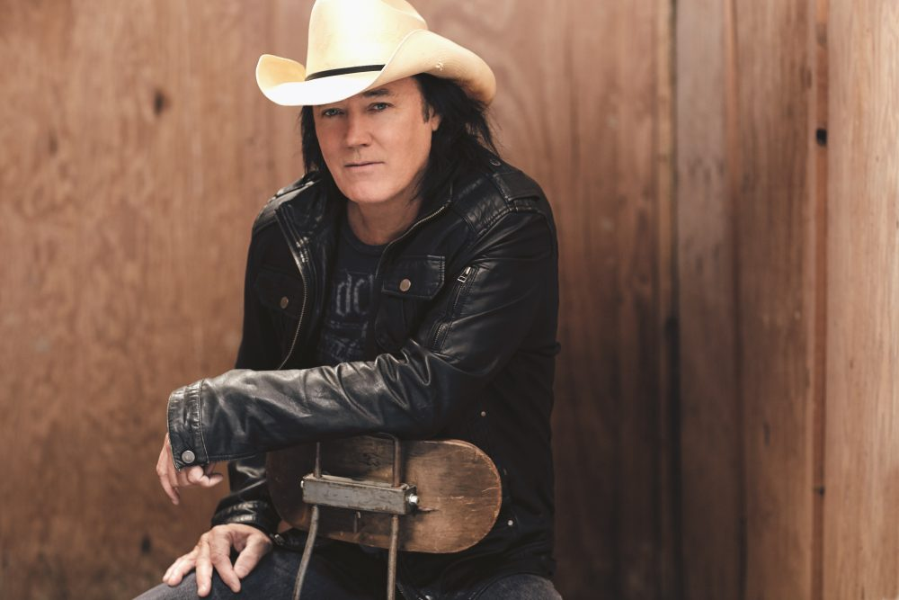 Raise Your Glass to 25 Years of David Lee Murphy's 'Dust On The Bottle'