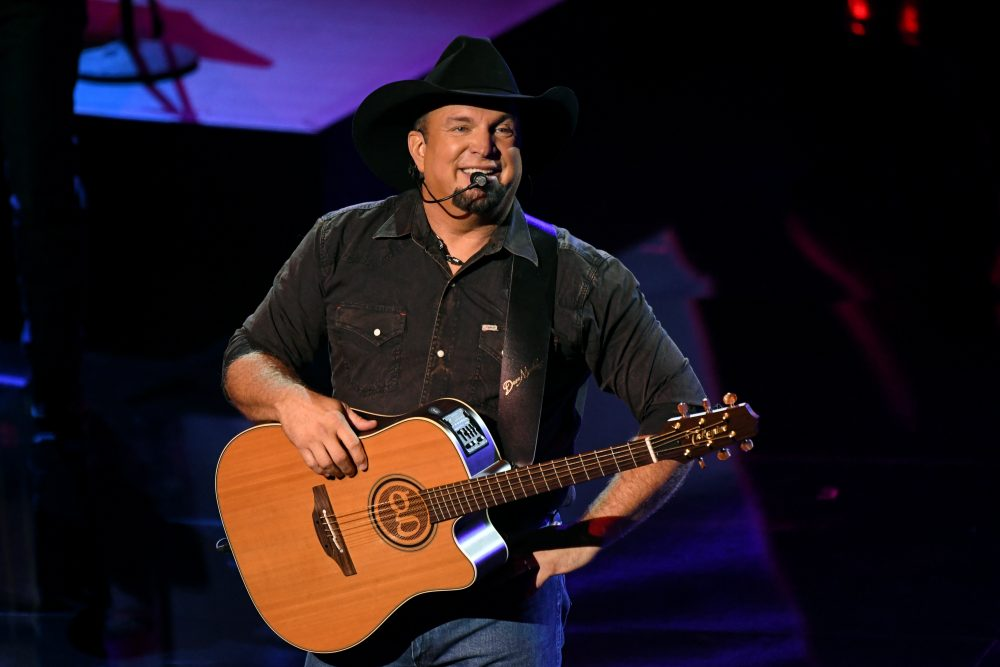 Garth Brooks Announces Release Dates for 'Fun' and 'Triple Live Deluxe'