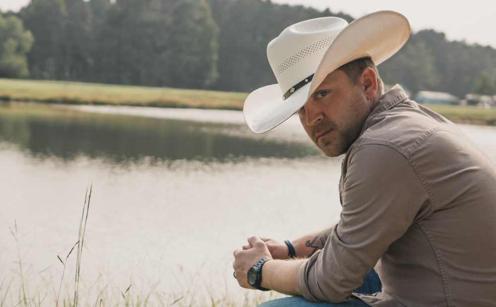 Justin Moore Remembers the Good Old Days in 'We Didn't Have Much'