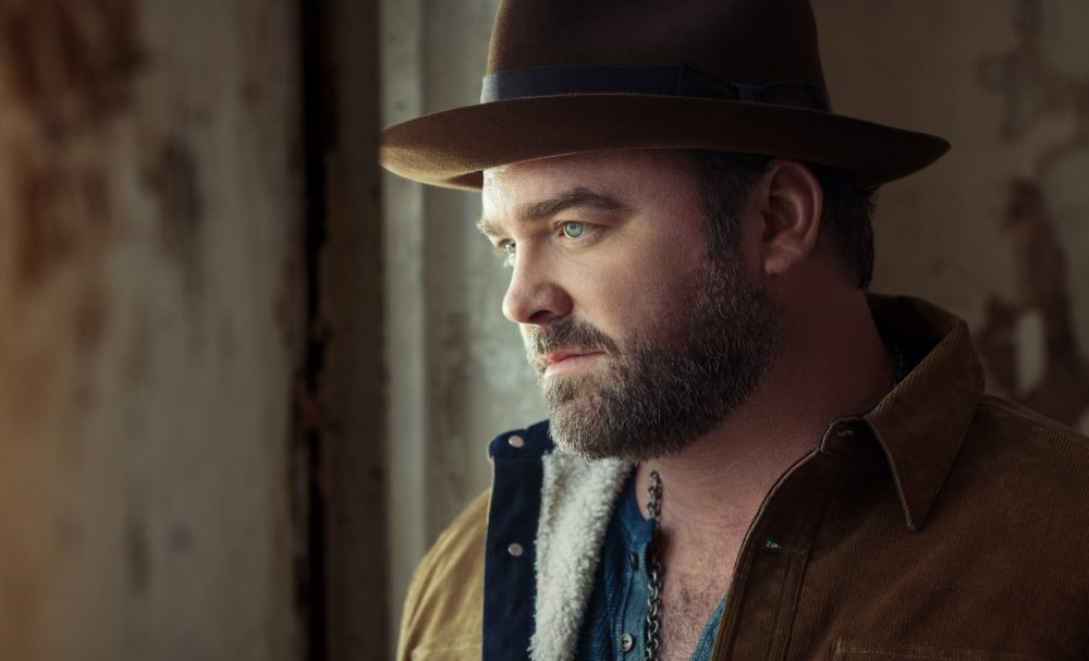 Lee Brice Back Number One With 'Memory I Don't Mess With'
