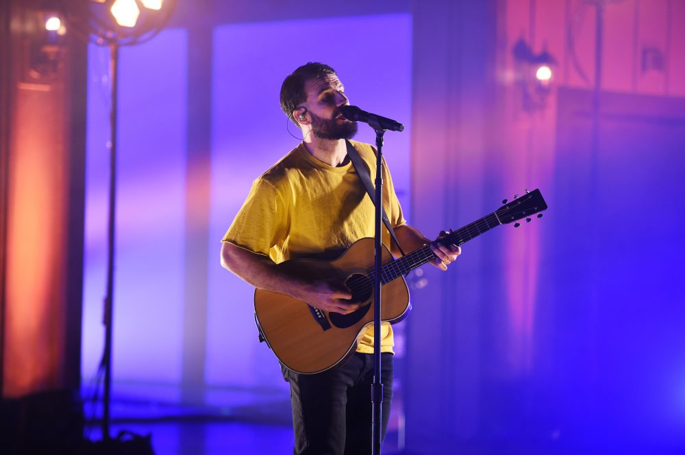 Sam Hunt Performs Hit Song, 'Hard To Forget,' At CMT Awards