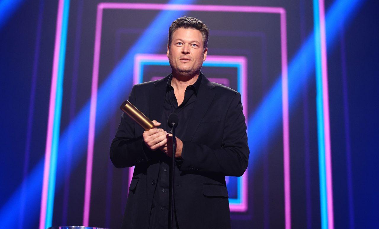 Blake Shelton Wins at 2020 People's Choice Awards