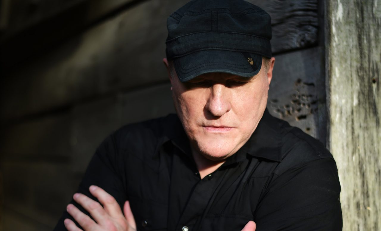 Collin Raye Finds Artistic Freedom in New Album 'Scars'