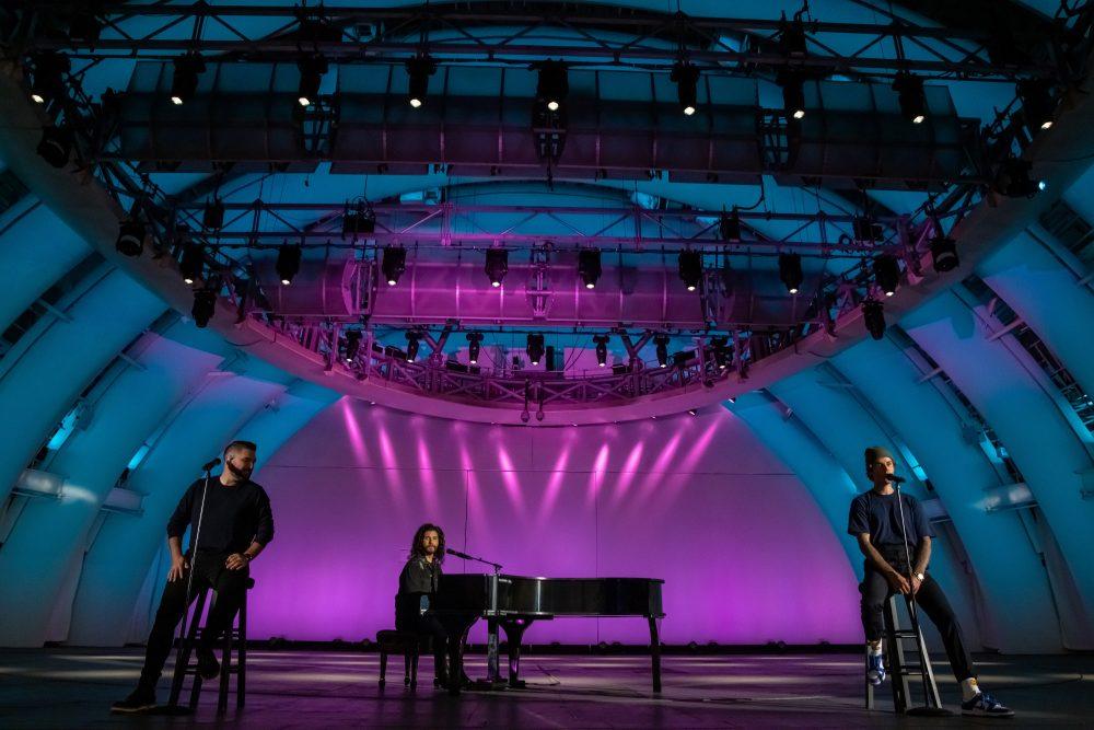 Dan + Shay and Justin Bieber Bring the Good Vibes to 2020 CMA Awards