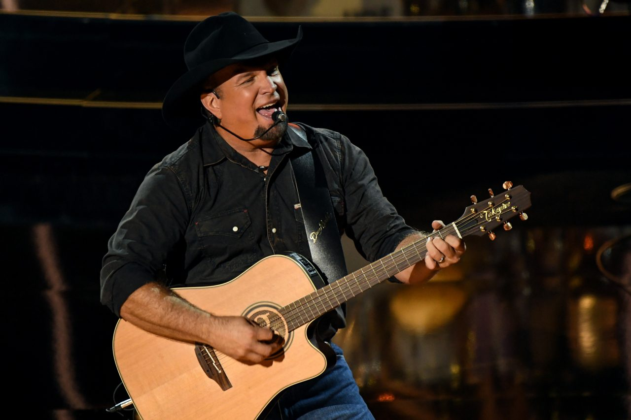 Album Review: Garth Brooks' 'Fun'