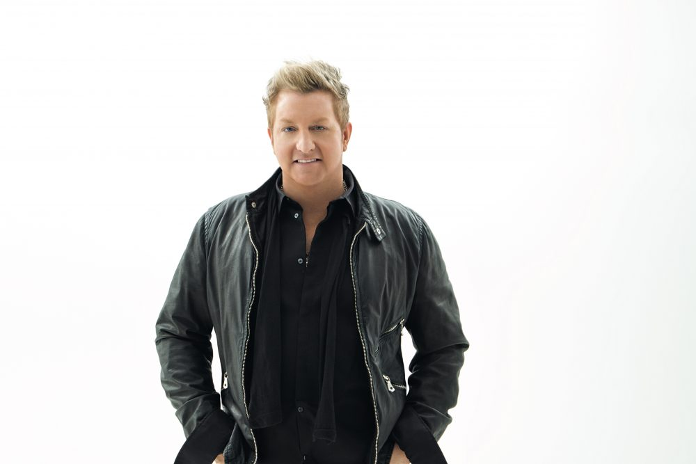 Gary LeVox Goes Solo for 'Christmas Will Be Different This Year'