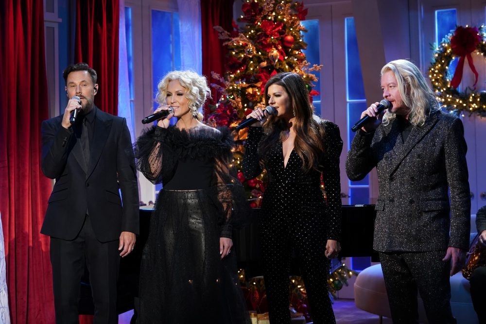Little Big Town Looks Forward to Festive Christmas Fun