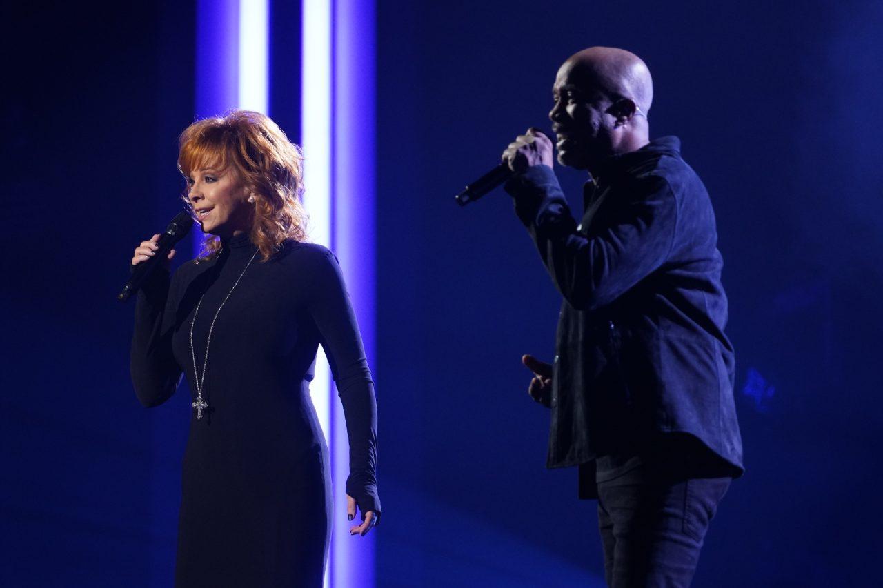 Reba and Darius Rucker Cover 'In the Ghetto' on CMA Awards