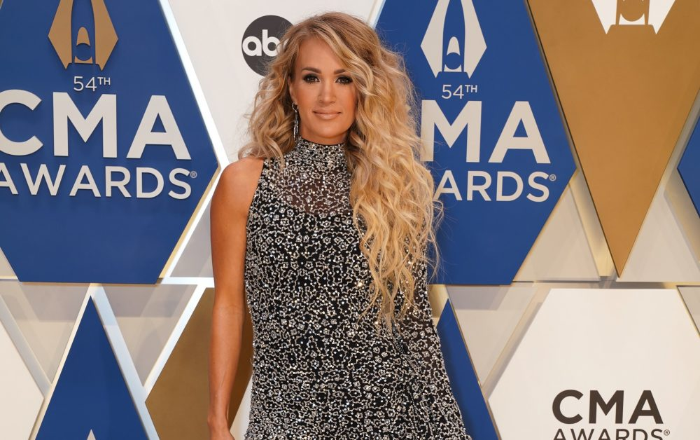 Carrie Underwood Reflects On 2020, Shares Plans for 2021