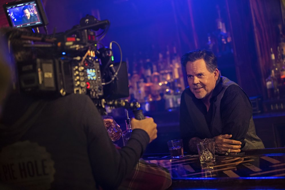 Gary Allan Pours a Shot of Caution in 'Waste of a Whiskey Drink' Video