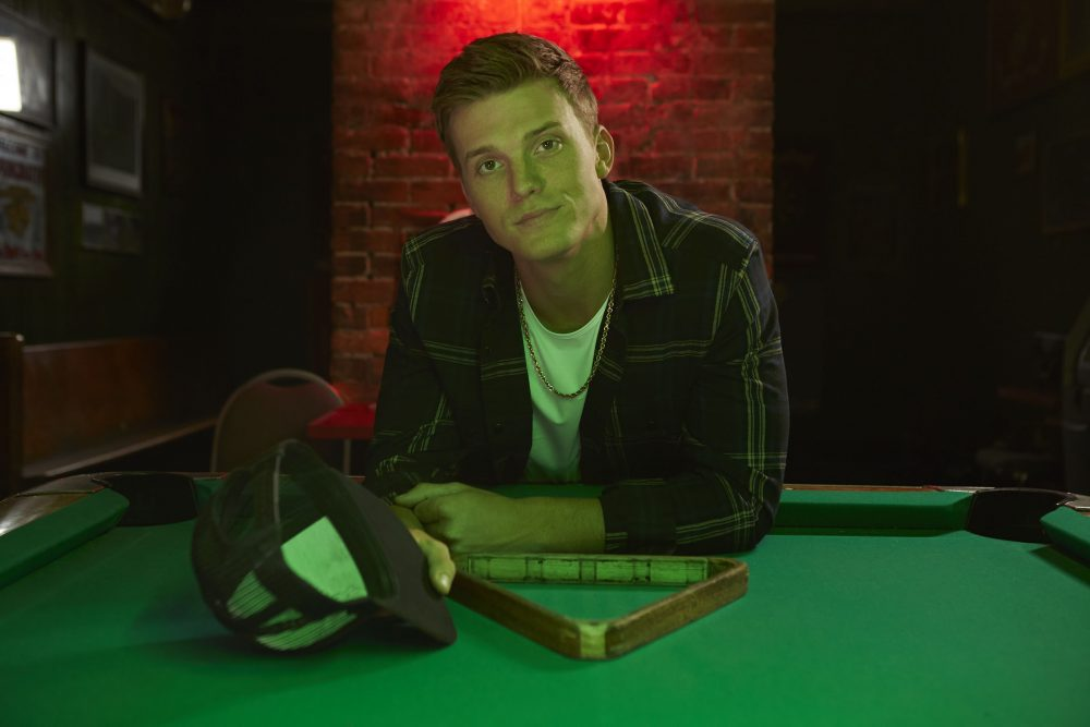 """Parker McCollum Earns First No. 1 Hit with Debut Single, """"Pretty Heart"""""""
