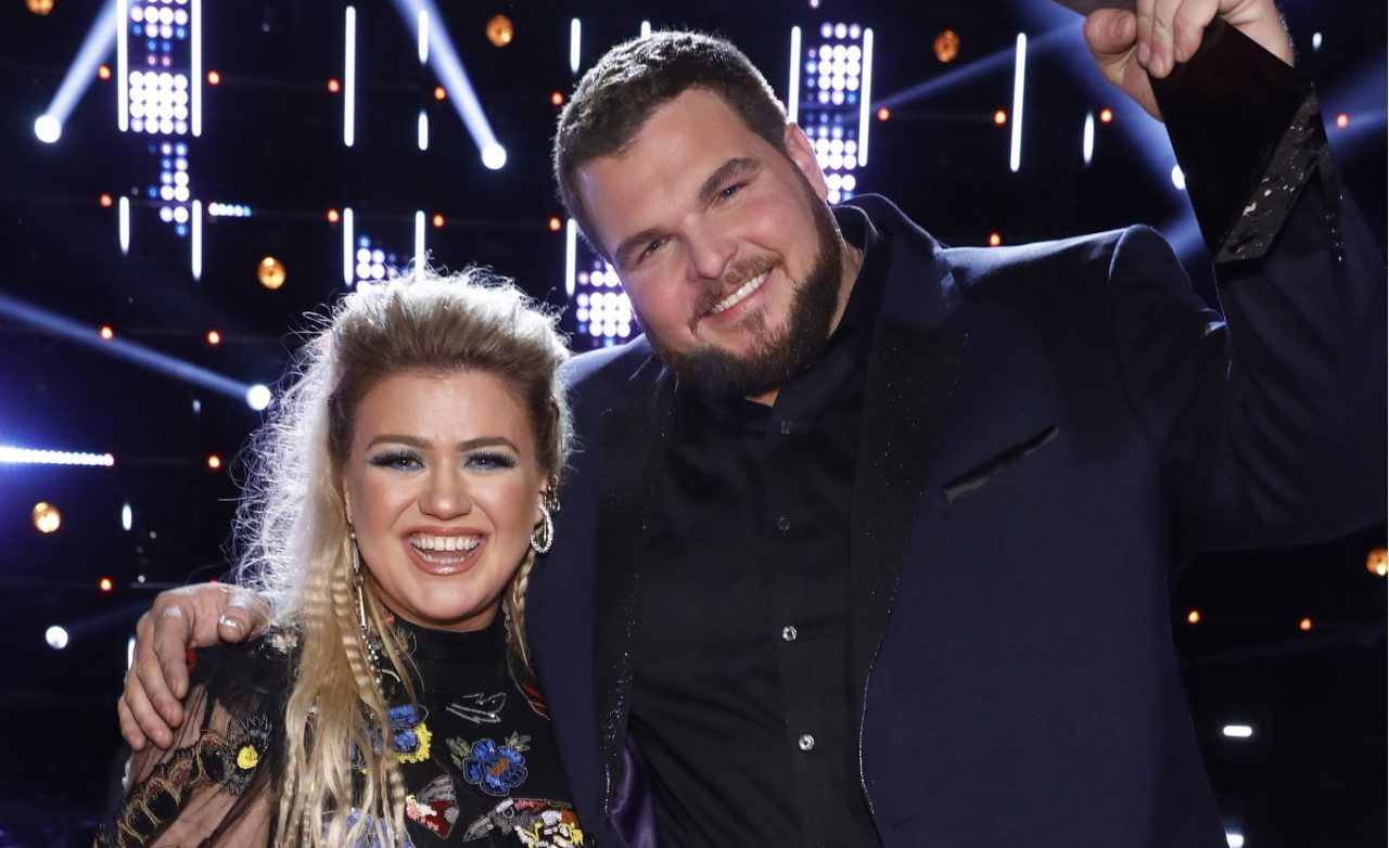 Jake Hoot and Kelly Clarkson Duet on Stunning 'I Would've Loved You'