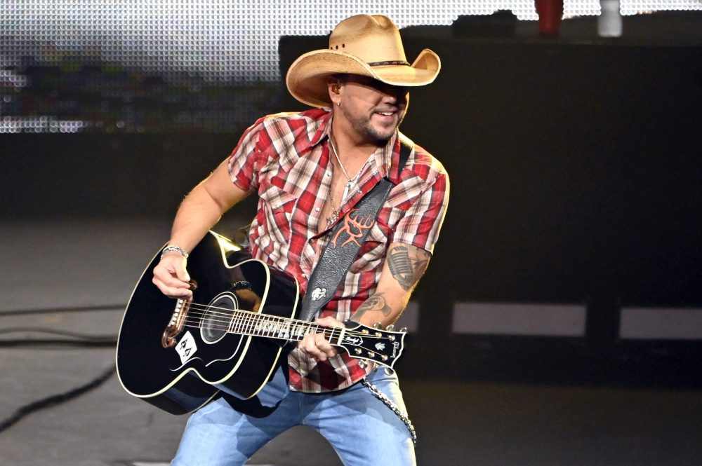 Jason Aldean Drops Bonnie-and-Clyde Style Video for 'Blame It On You'