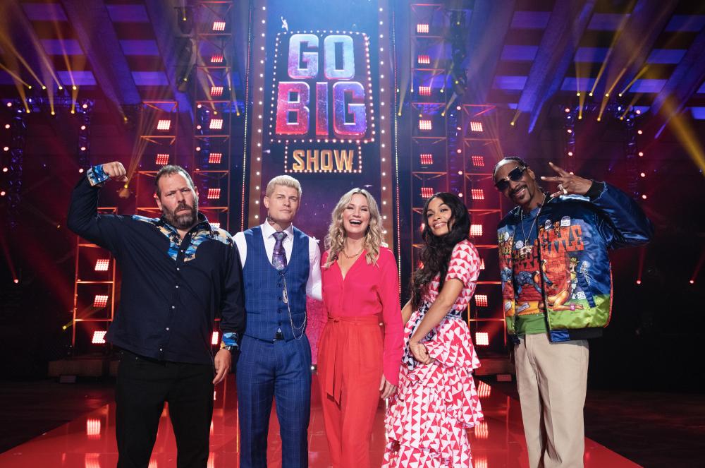 Jennifer Nettles Judges Unique Talent on TBS' 'Go-Big Show'