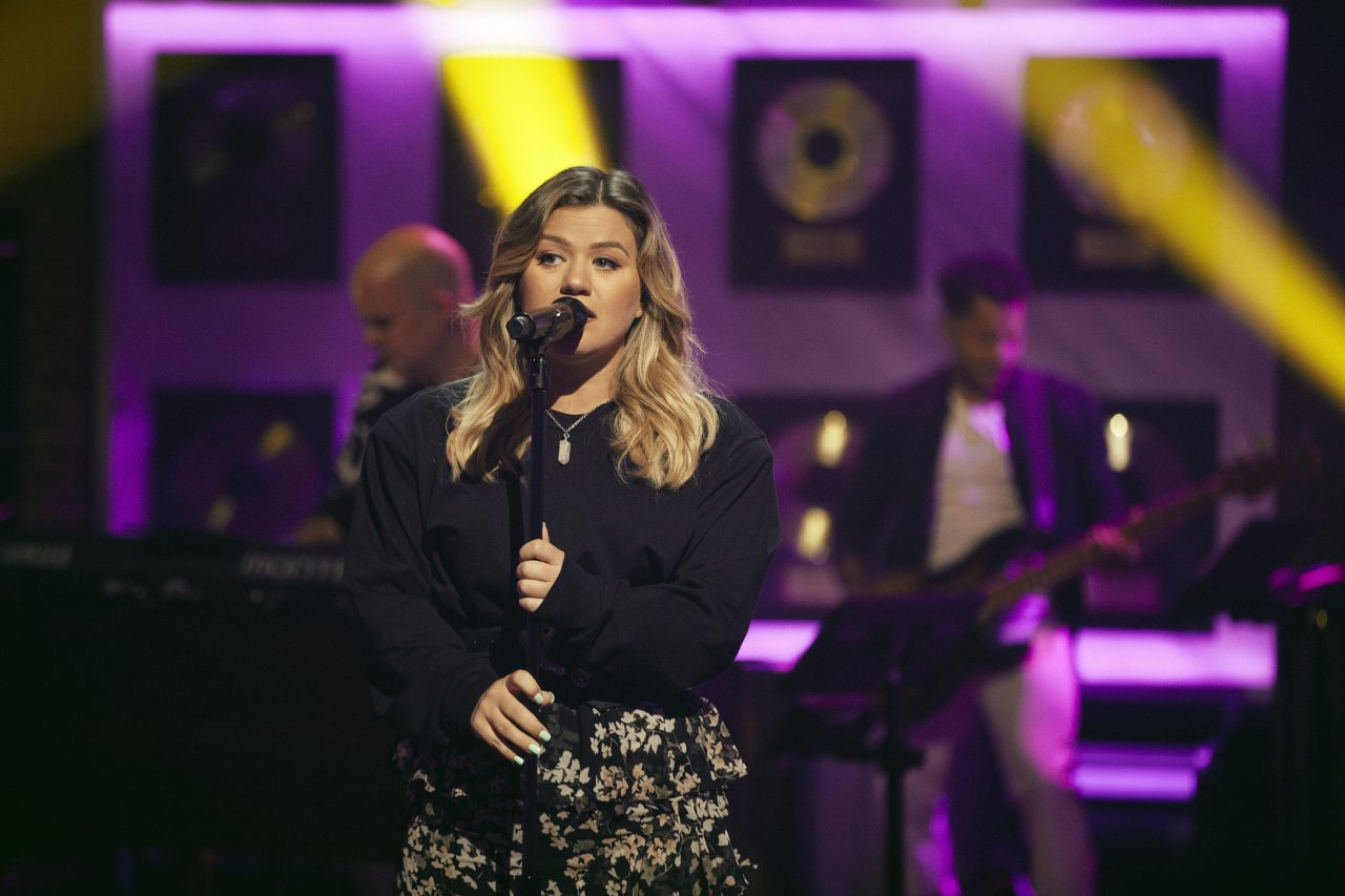 Kelly Clarkson Covers The Chicks' 'Sin Wagon' for 'Kellyoke'