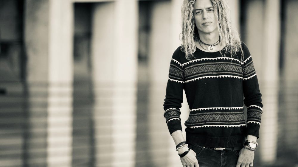 Phil Joel Enlists Family in Making 'Sailing Speed' Video