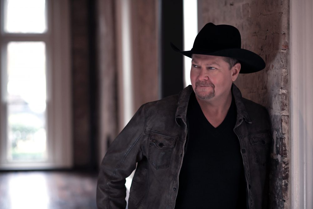 Tracy Lawrence Celebrates 30 Years In Music With Three-Album Collection