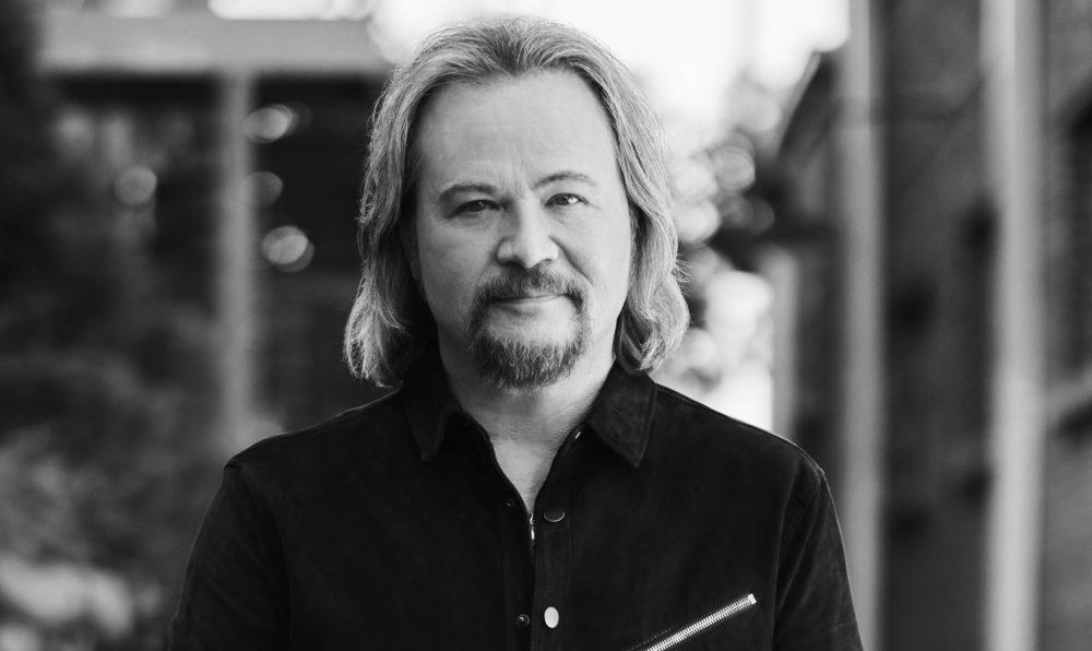 Travis Tritt Plans New Dave-Cobb Produced Album, 'Set In Stone'