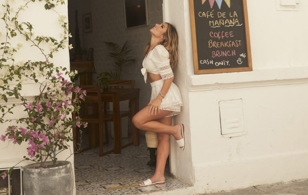 Jessie James Decker Partners With Colombian Shoe Company KAANAS For New Shoe Line