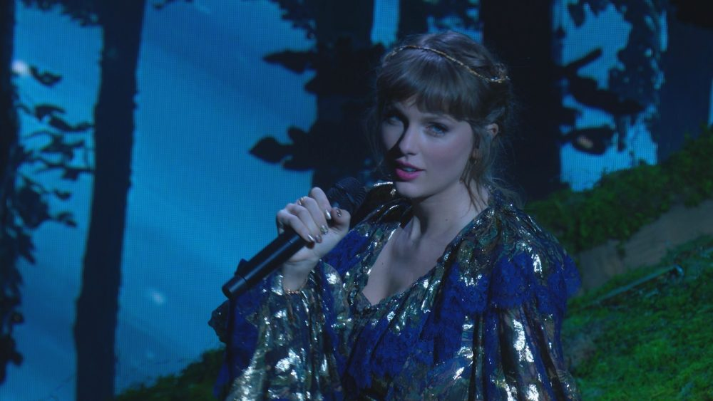 Taylor Swift Captivates with 'folklore' and 'evermore' Medley at 2021 GRAMMYs