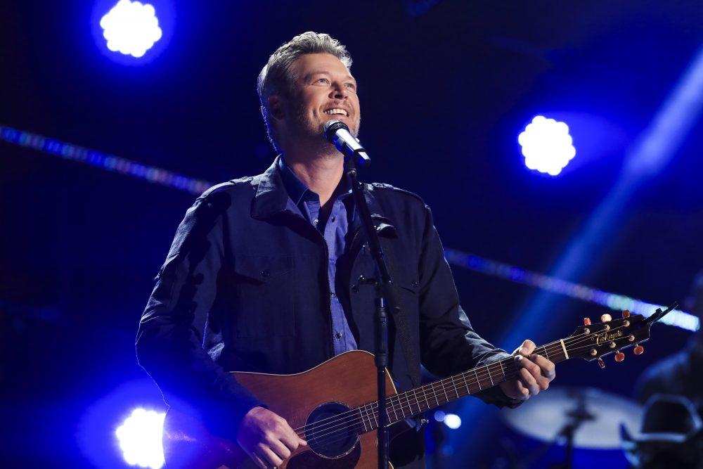 Blake Shelton Celebrates 20th Anniversary of 'Austin' on ACM Awards