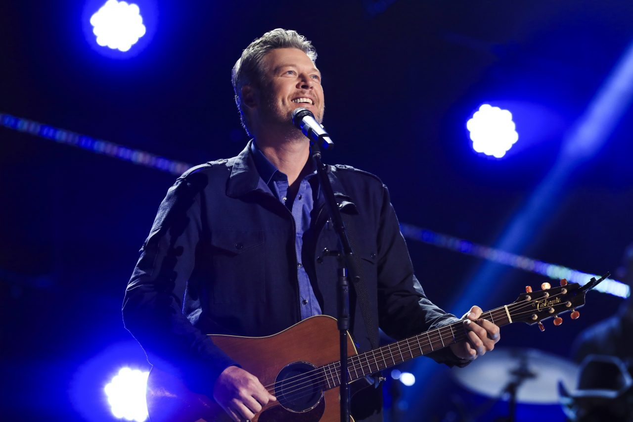 Blake Shelton to Restart Friends and Heroes Tour in August