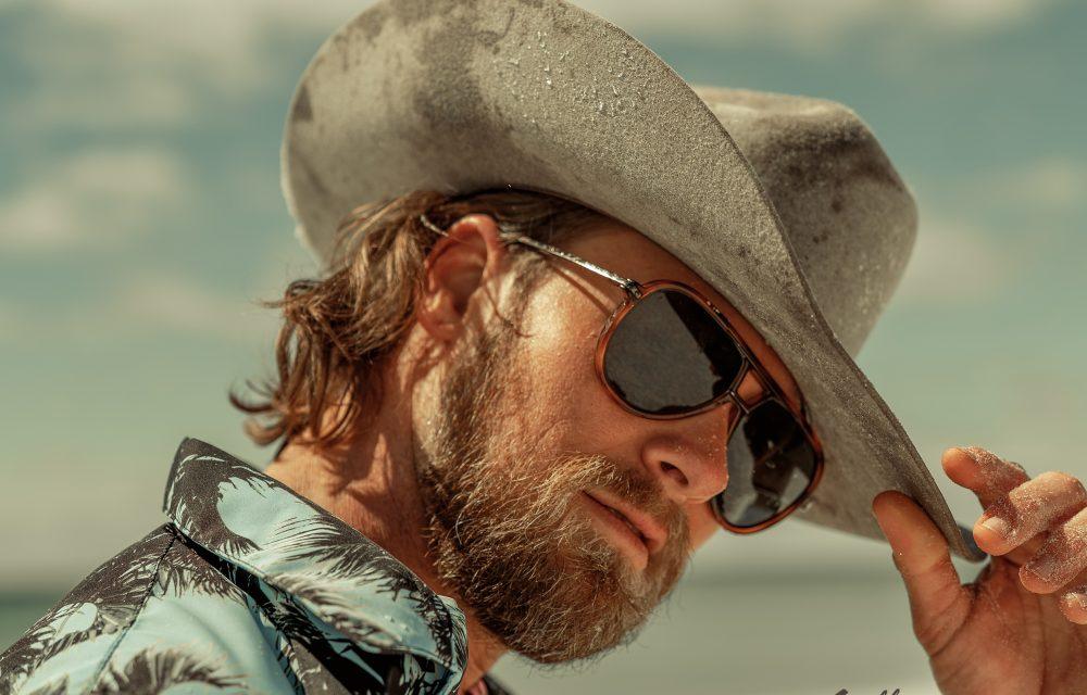 'Beach Cowboy' Brian Kelley Announces Debut Solo EP