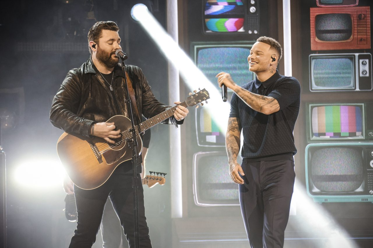 Chris Young Gets a Surprise Onstage Visit From Kane Brown