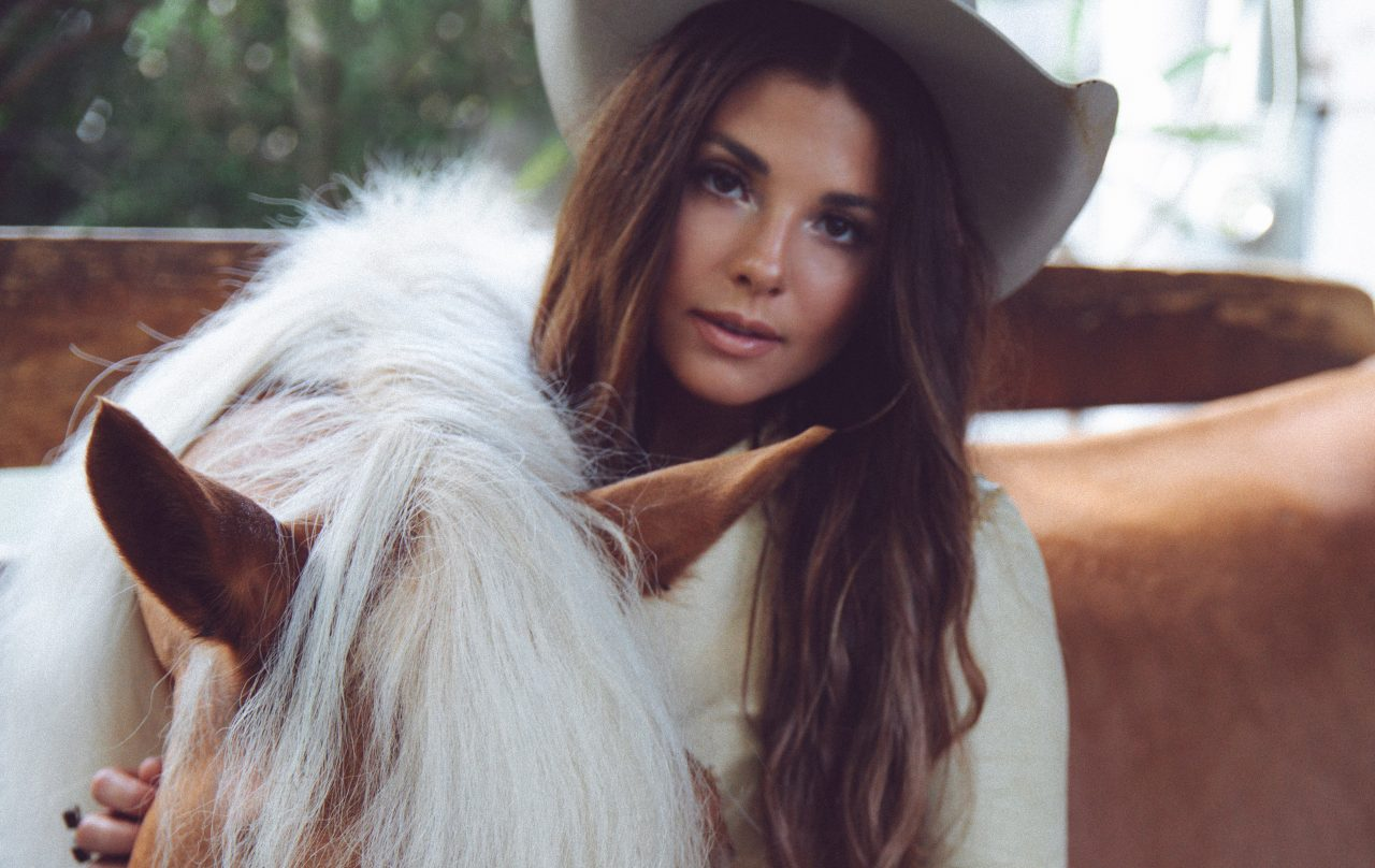 Kylie Frey and Randy Houser Saddle Up for 'Horses In Heaven'