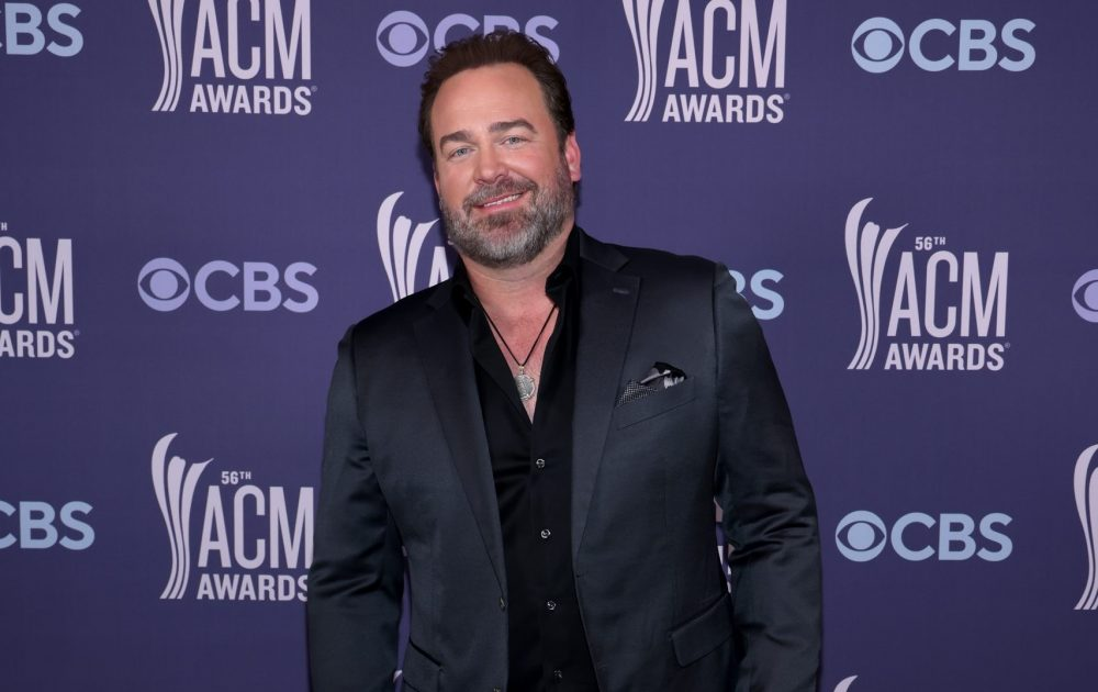 Lee Brice Credits Carly Pearce for Double Shot of ACM Awards